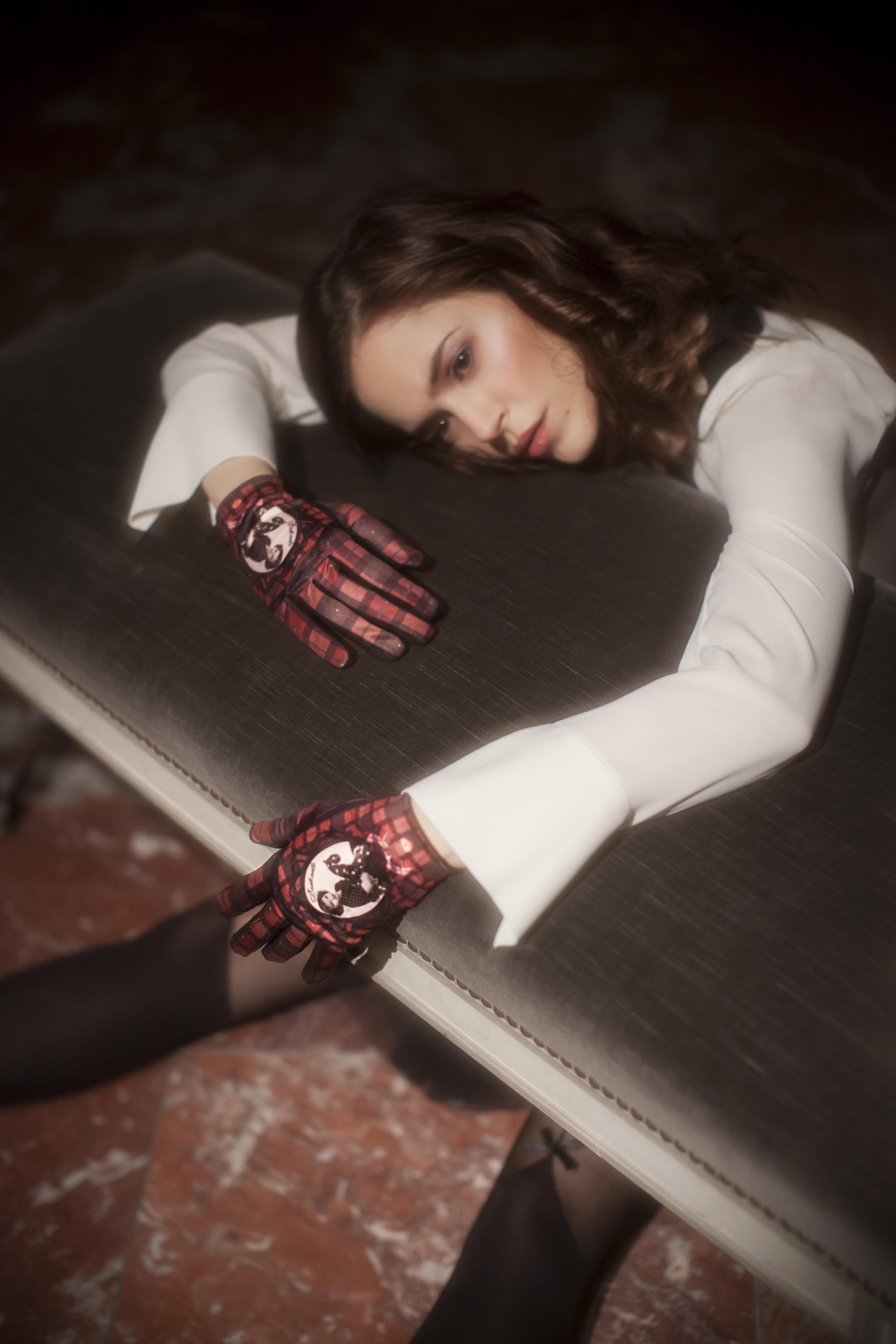 gants femme cuir et maille imprimée. Modèle de gants Alexander.